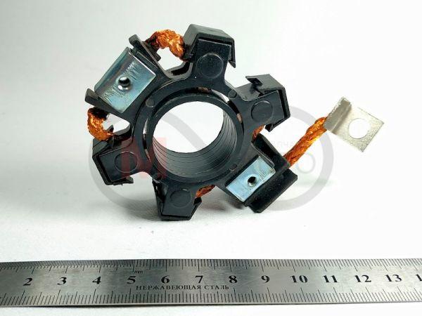 щёткодержатель (щёточный узел) применяется в таких автомобилях: Деу Ланос 1,4 - 1,5 (8 кл.), Нексия (Daewoo Lanos 1,4 - 1,5 (8 кл), Nexia), (2110 - редукторный).